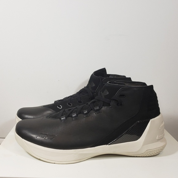 reputable site 6e2e6 6c4c7 Under Armour Curry 3 LUX Black Leather LMT Edition